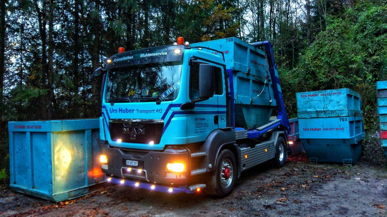 2-Achs-Muldenfahrzeug Urs Huber Transport AG