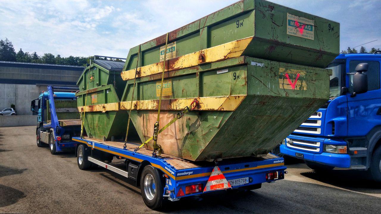 2-Achs-Muldenfahrzeug mit 2-Achs-Multifunktionsanhänger Urs Huber Transport AG 8