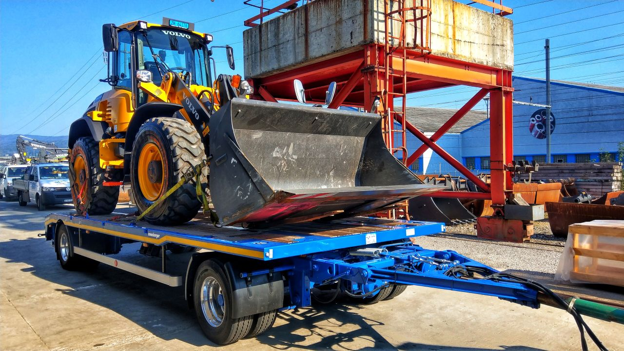 2-Achs-Multifunktionsanhänger Urs Huber Transport AG 4
