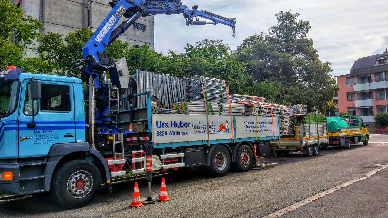 3-Achs-Kranwagen 21m Urs Huber Transport AG