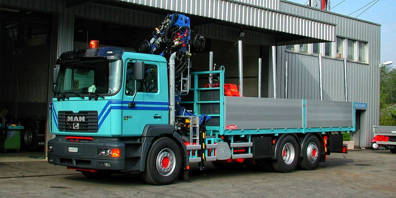 3-Achs-Kranwagen_21m Urs Huber Transport AG-01[1]