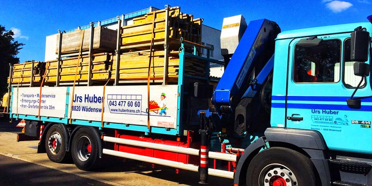3-Achs-Kranwagen_21m Urs Huber Transport AG_2-01[1]