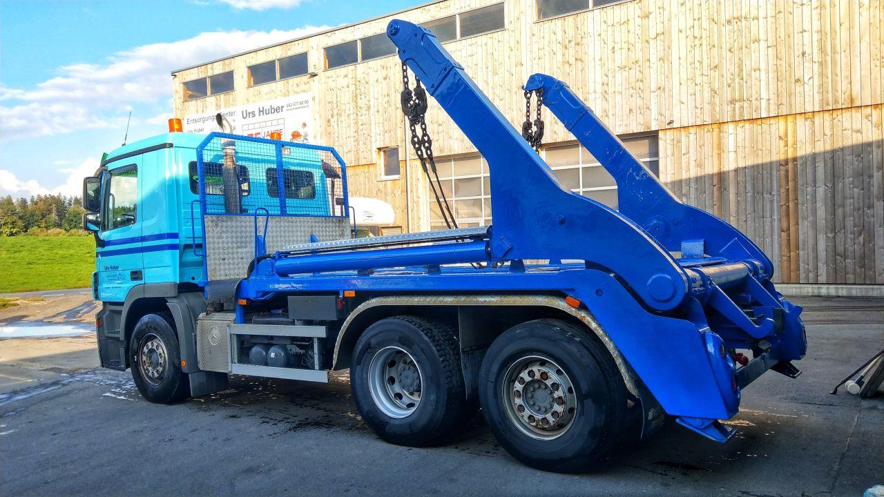 3-Achs-Muldenfahrzeug Urs Huber Transport AG 2