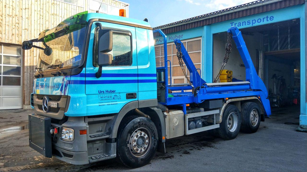 3-Achs-Muldenfahrzeug Urs Huber Transport AG 3